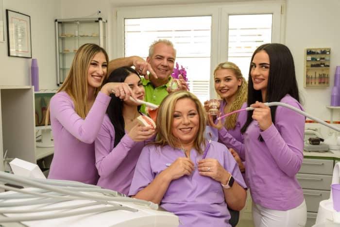 Lernen Sie unser kompetentes Team in unserer Zahnarztpraxis in 1170 Wien kennen!